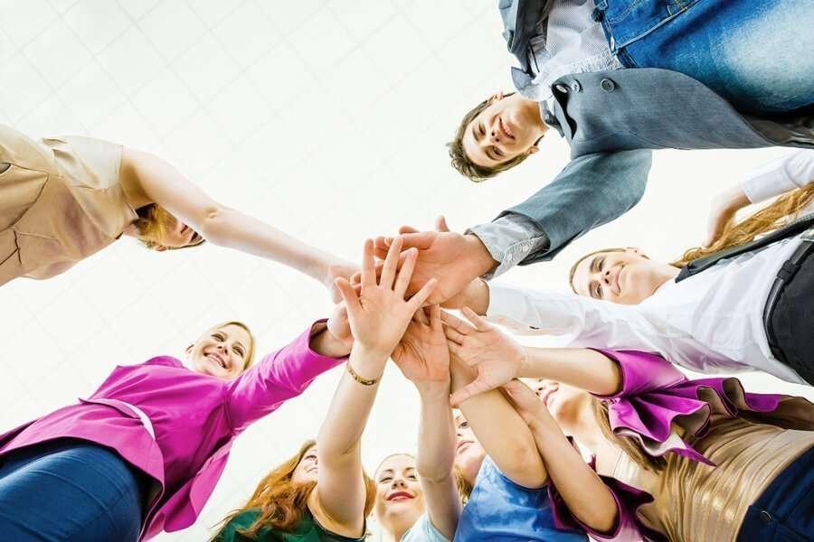 positive team member relationship